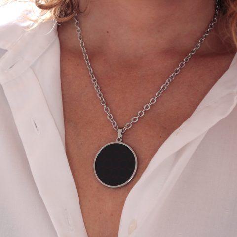 Amello Collier céramique ovale noir femme en acier inoxydable bijoux eskx04s